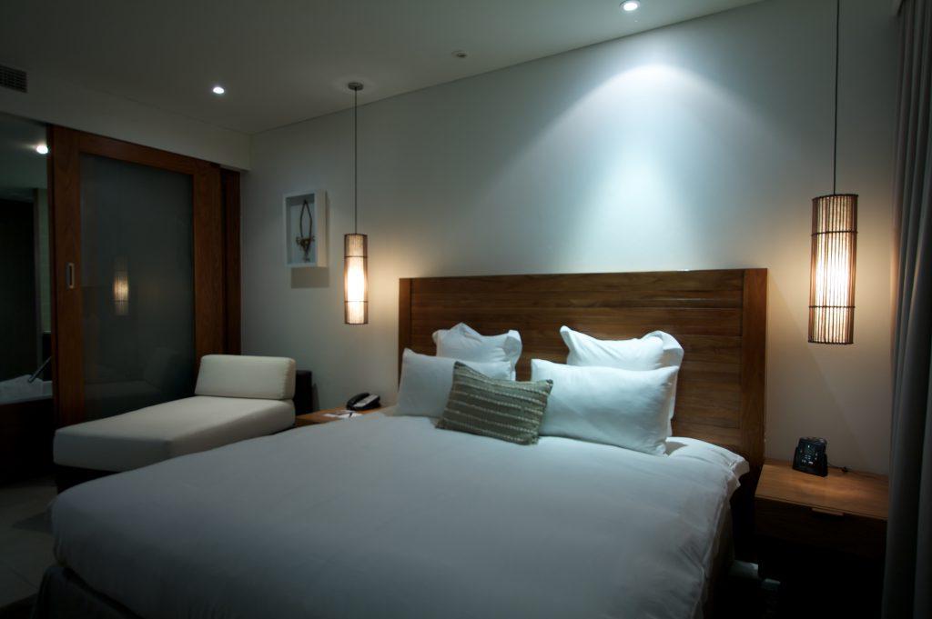 oświetlenie sypialnia